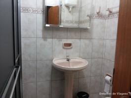 banheiro pousada cunha