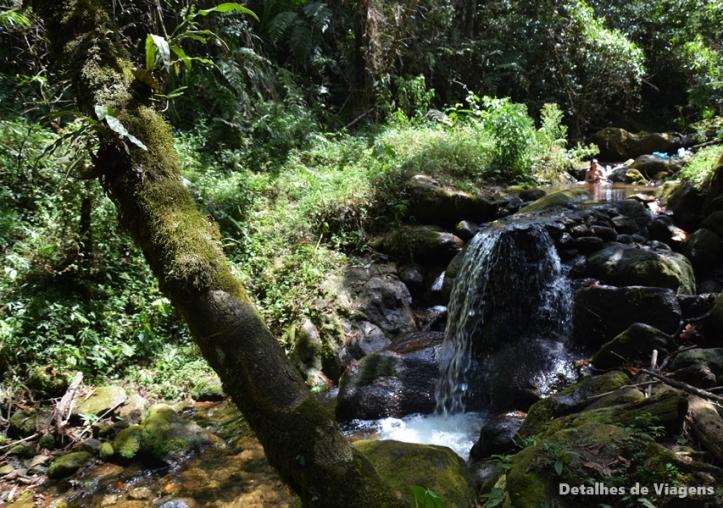 ducha dos namorados parque ecologico cachoeiras do santuario visconde de maua