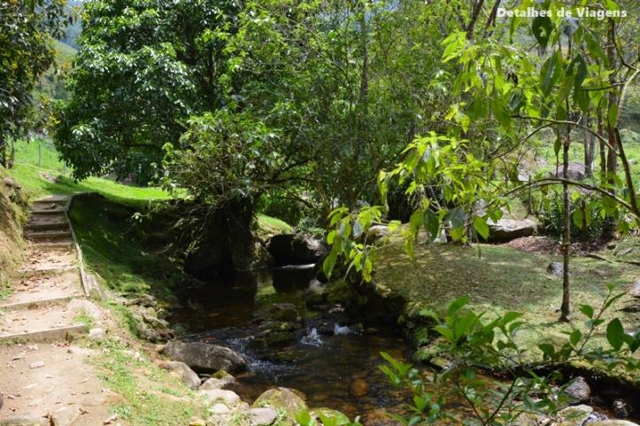 sitio cachoeiras do alcantilado visconde de maua relatos de viagem passeio natureza