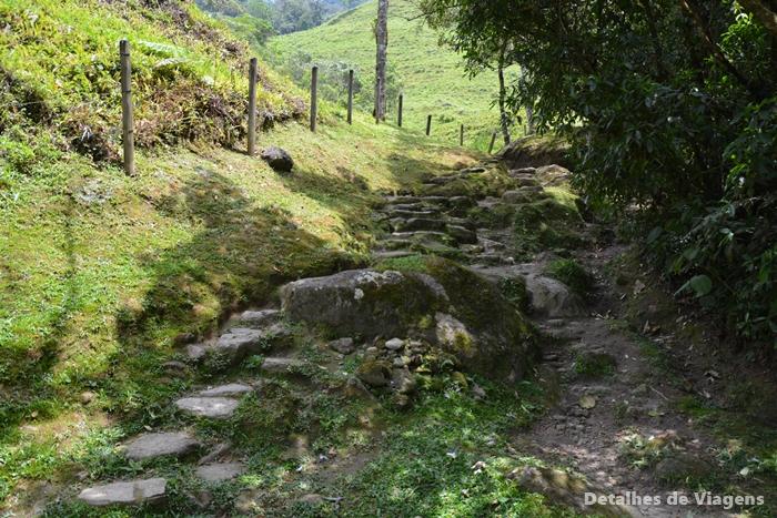 trilha cachoeiras do alcantilado visconde de maua relatos de viagem passeio