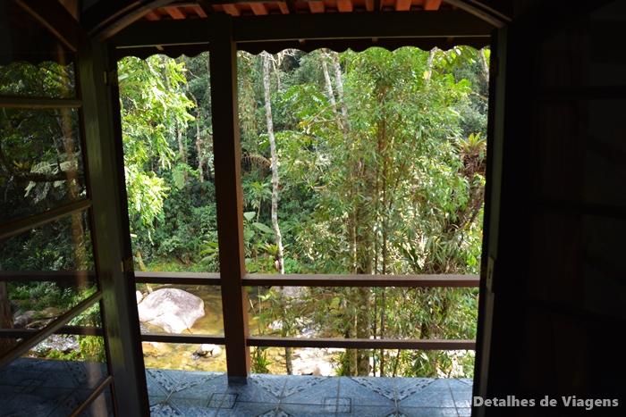 varanda vista para riacho pousada brilho da natureza visconde de maua viagens relatos (2)