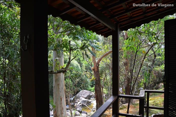 varanda vista para riacho pousada brilho da natureza visconde de maua viagens relatos passeios turismo