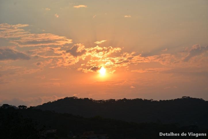 por do sol mirante do cruzeiro santo antonio do pinhal