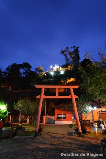 praça do artesao mirante do cruzeiro iluminado santo antonio do pinhal