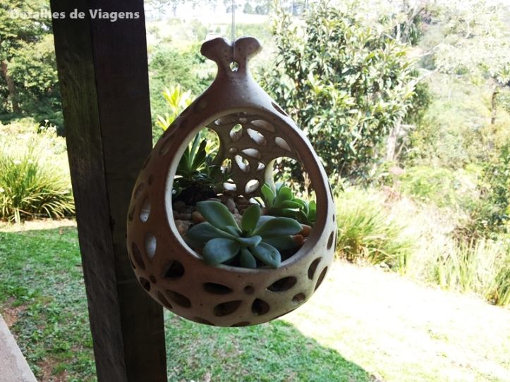 vasinho suspenso suculentas jardins de barro santo antonio do pinhal