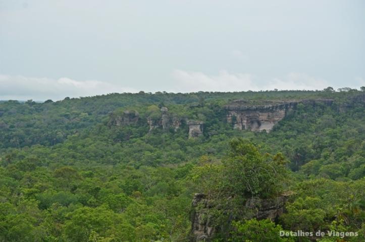 vista da ponte de pedra chapada dos guimaraes