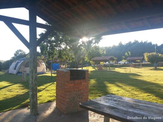 camping saltao itirapina churrasqueira quiosque