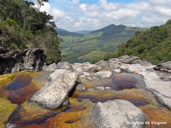 cachoeira dos macacos ibitipoca minas gerais