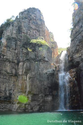 cascata lago de furnas capitolio lancha