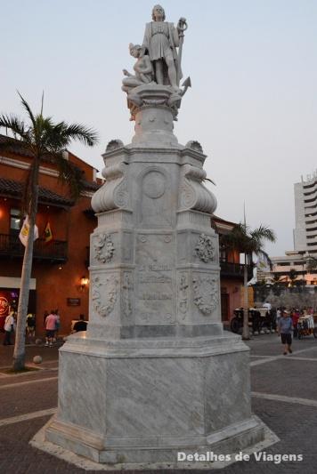 cristovao colombo cartagena plaza de la aduana