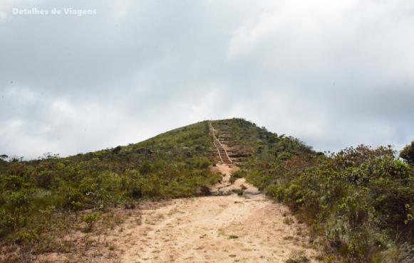 escadaria pico do piao ibitipoca 2