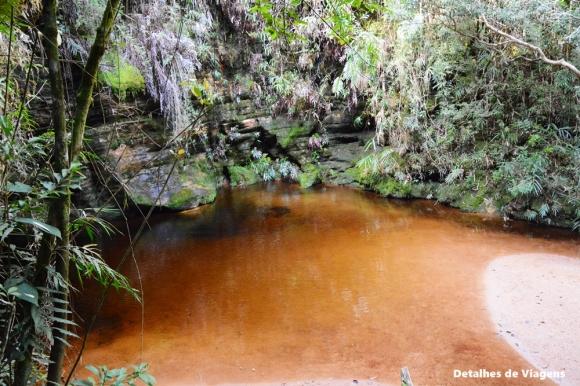gruta do monjolinho ibitipoca trilha pico do piao