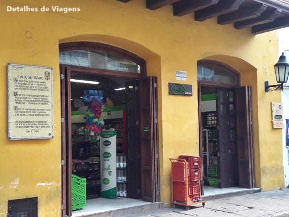 mercado carulla cartagena ciudad amurallada