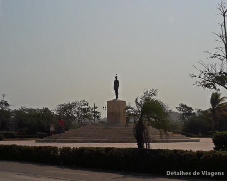 monumento india catalina cartagena