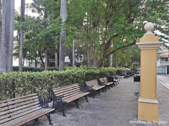 plaza de bolivar cartagena (2)