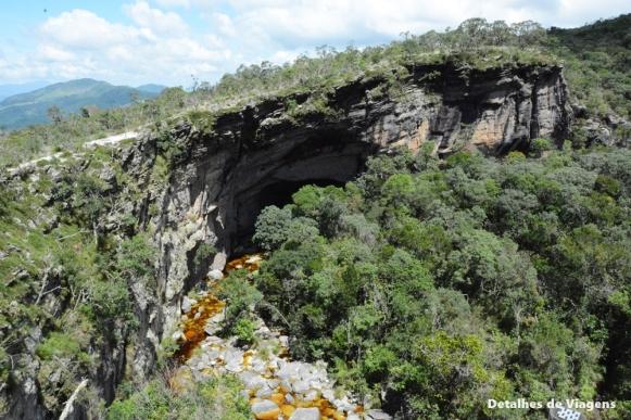 ponte de pedra ibitipoca