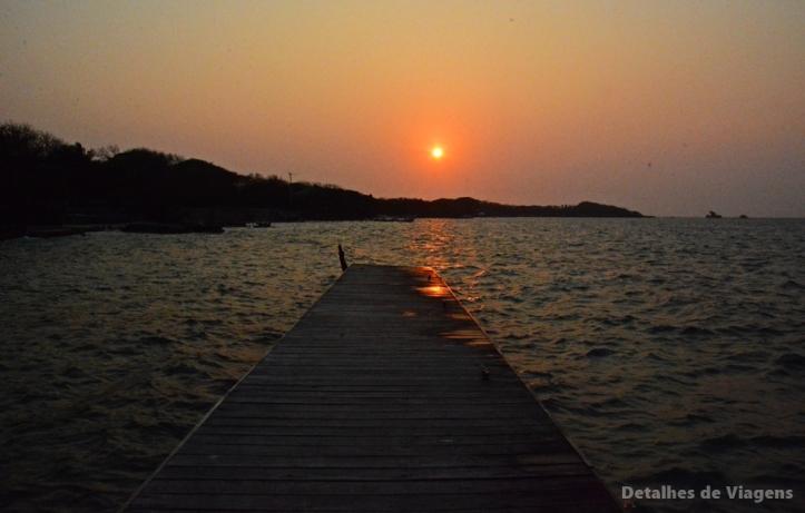 por do sol isla grande cartagena ilha roteiro viagem