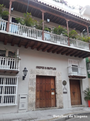 restaurante crepes and waffles cartagena