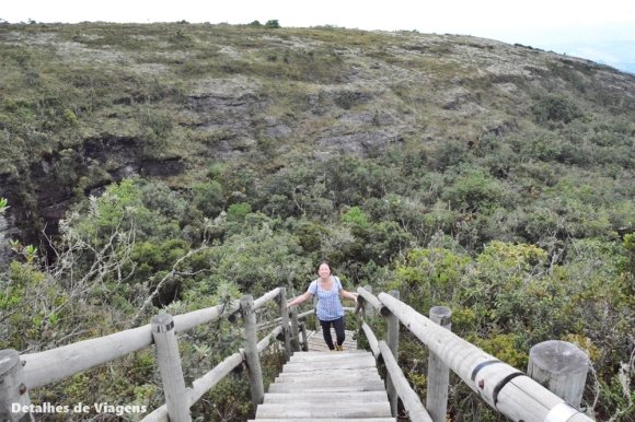 trilha gruta dos viajantes ibitipoca