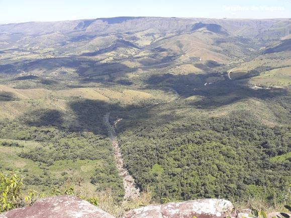 parte alta parque nacional serra da canastra vista rio sao francisco
