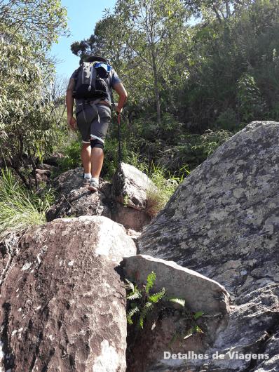 trilha dificil parque nacional serra da canastra trajetos pedras rochas
