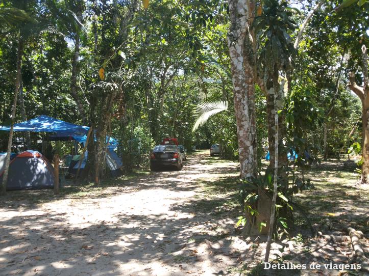 camping-ubatuba-praia-da-fazenda-area-de-barracas