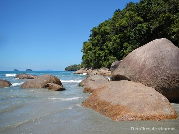 praia-da-fazenda-ubatuba-relatos-de-viagem-litoral-norte-3
