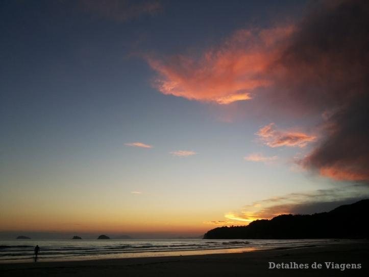 praia-da-fazenda-ubatuba-relatos-de-viagem-litoral-norte-7