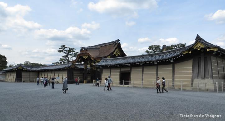 castelo-nijo-nijojo-castle-karamon-gate-kyoto-quioto-japao-relatos-viagem-roteiro-4