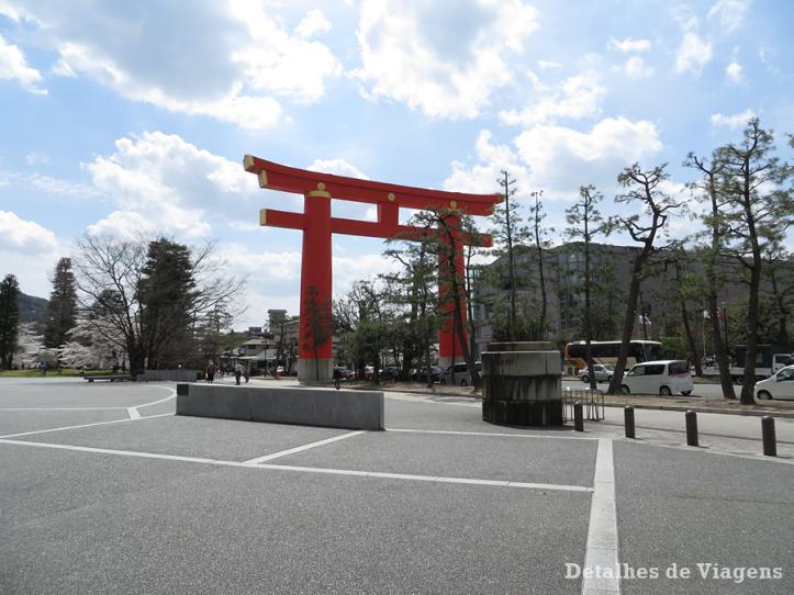 torii-heian-shrine-kyoto-relatos-viagem-roteiro
