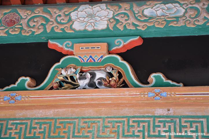 nikko toshogu shrine santuario escultura gato  Nemurineko relatos viagem japao roteiro dicas.png