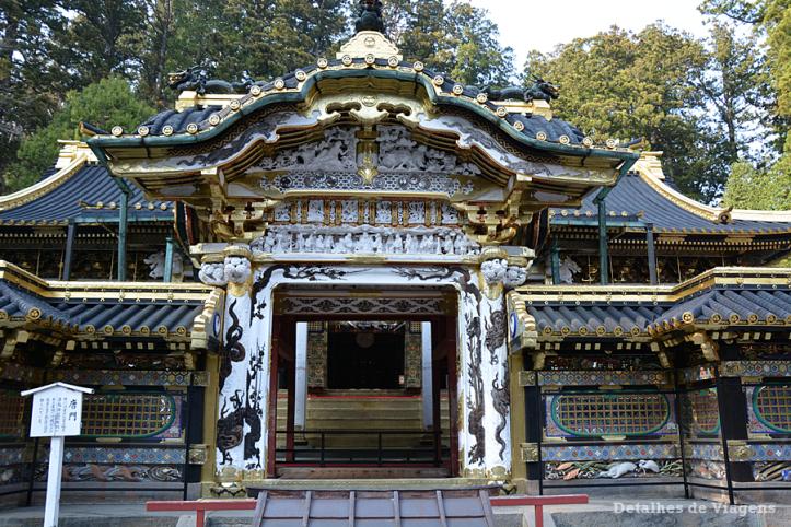 nikko toshogu shrine santuario karamon gate relatos viagem japao roteiro dicas.png