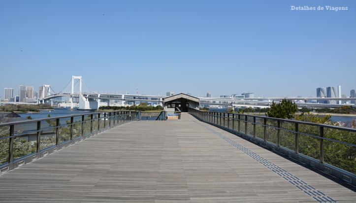 odaiba daiba Decks Tokyo Beach  rainbow bridge relatos viagem japao roteiro dicas 2.png