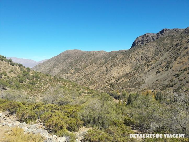 parque cordillera yerba loca mirante trilha trekking caminhada natureza santiago o que fazer relatos viagem (2)