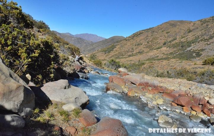 parque cordillera yerba loca trilha trekking caminhada natureza santiago o que fazer relatos viagem 6