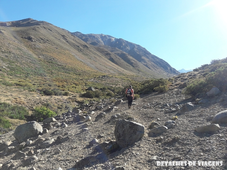 parque cordillera yerba loca trilha trekking caminhada natureza santiago o que fazer relatos viagem 7 (2).jpg