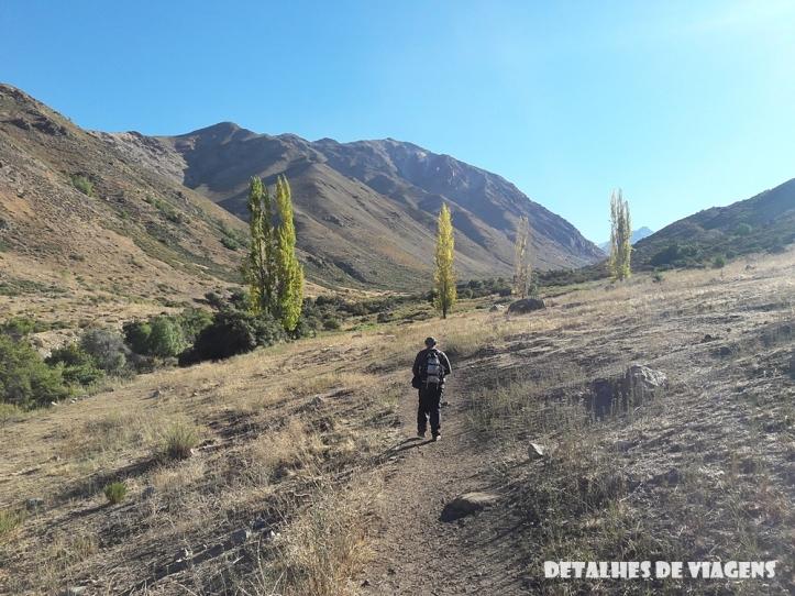 parque cordillera yerba loca trilha trekking caminhada natureza santiago o que fazer relatos viagem