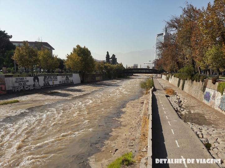 rio mapocho santiago chile relatos viagem.jpg