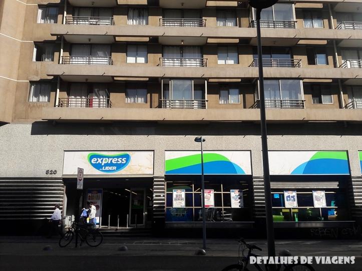 supermercado lider express santiago chile centro bairro lastarria relatos viagem