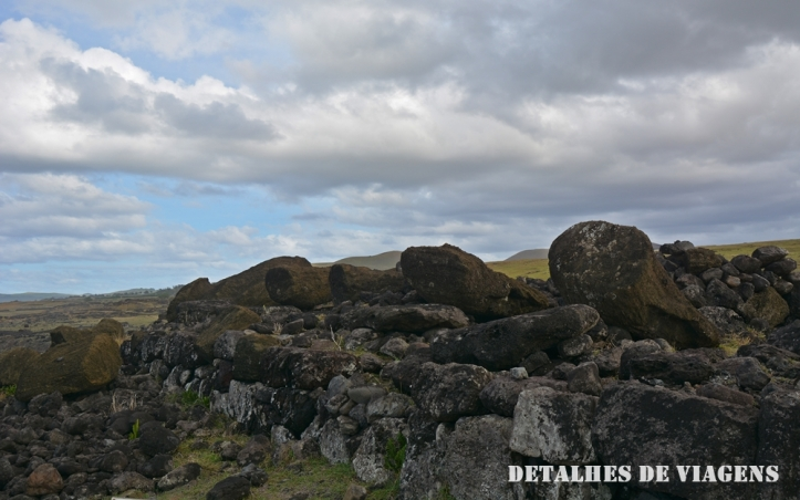 ahu akahanga moai caidos ilha de pascoa sitios arqueologicos roteiro atraçoes pontos turisticos 3
