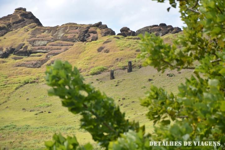 moai cratera vulcao rano raraku ilha de pascoa
