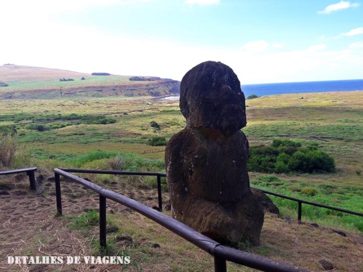 moai de joelhos tukuturi moai ajoelhado rano raraku ilha de pascoa